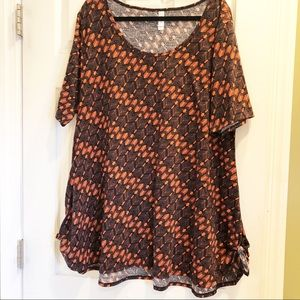 LuLaRoe EUC Orange & Black Perfect Tee - 3XL
